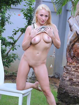 Hottie Dreams - Sex Images